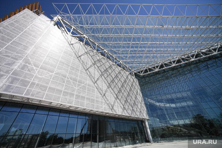 VEER mall на этапе подготовки к техническому открытию. Екатеринбург