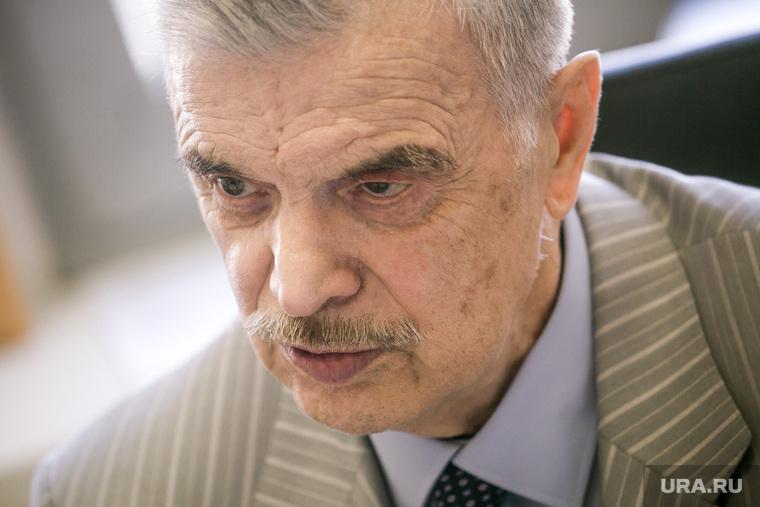 Интервью с Русланом Хасбулатовым. Москва