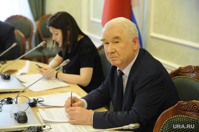 Пресс-конференция председателя тюменской областной думы Сергея Корепанова. Тюмень