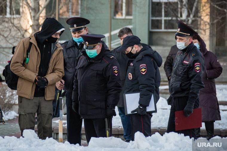 Несогласованный митинг в поддержку Навального. Сургут