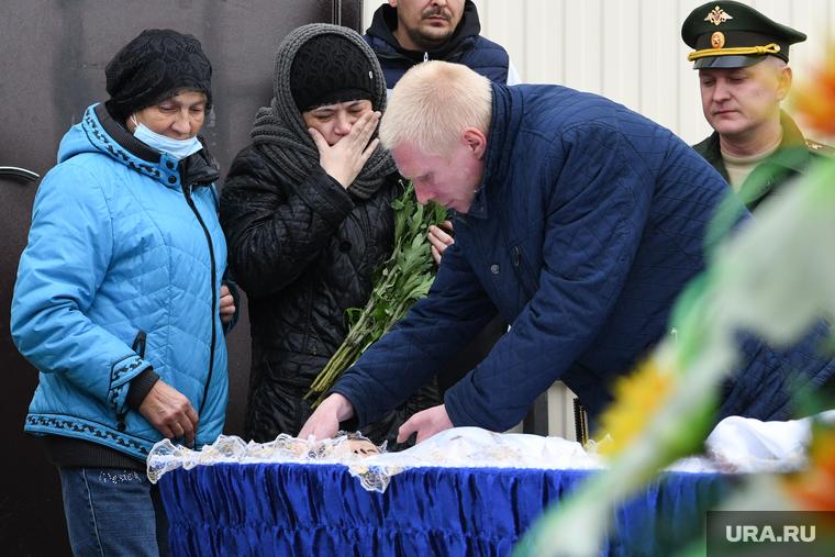 Прощание с Иваном Катлинских в селе Бердюжье. Тюменская область