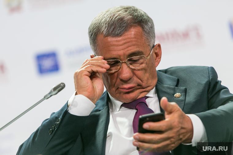 VIII Гайдаровский форум, день первый. Москва