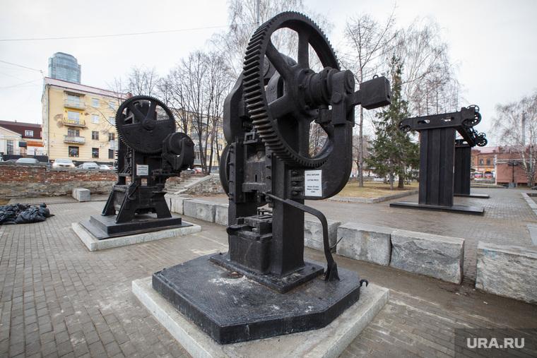Исторический сквер после реконструкции. Плотинка. Екатеринбург
