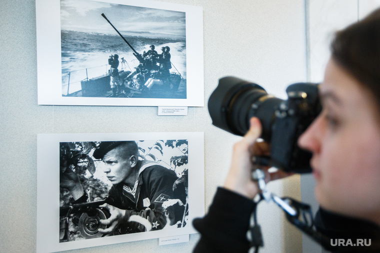 Фотовыставка «Триумф и трагедия» в ккт Космос. Екатеринбург