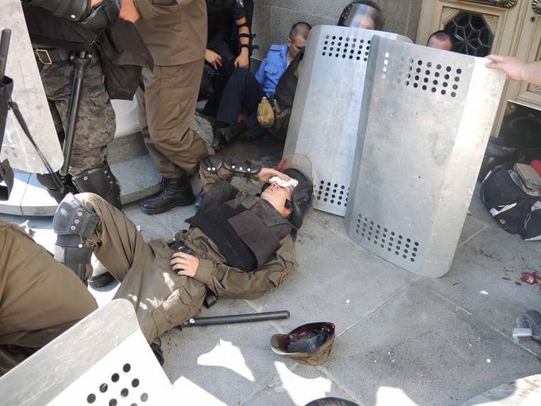 Штурм Верховной Рады раненые силовики, штурм верховной рады
