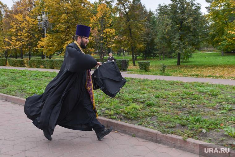 Молебен за трезвость. Челябинск., священник, поп
