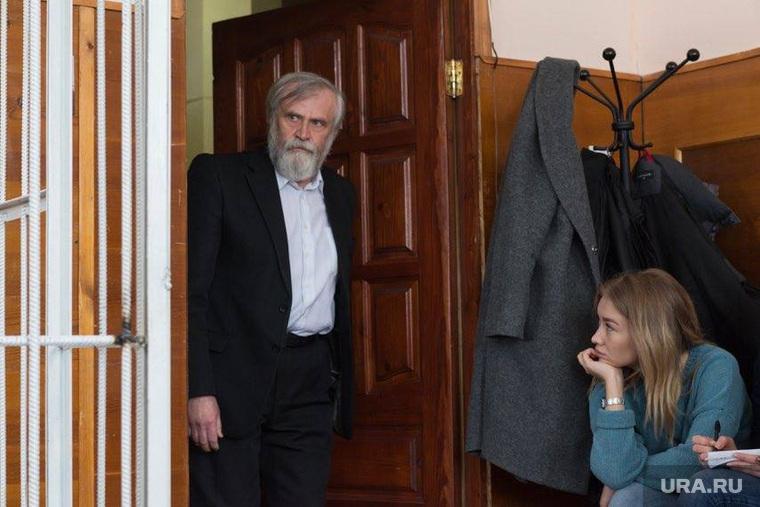Ройзман выступает в суде в защиту блогера Сокооловского, мосин алексей