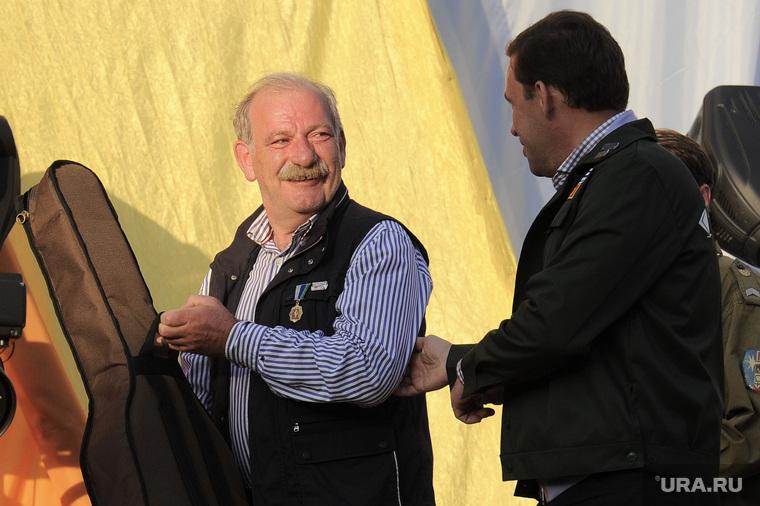 Куйвашев наградил экс-вице-мэра Екатеринбурга за то, что тот совершил еще в студенчестве. ФОТО