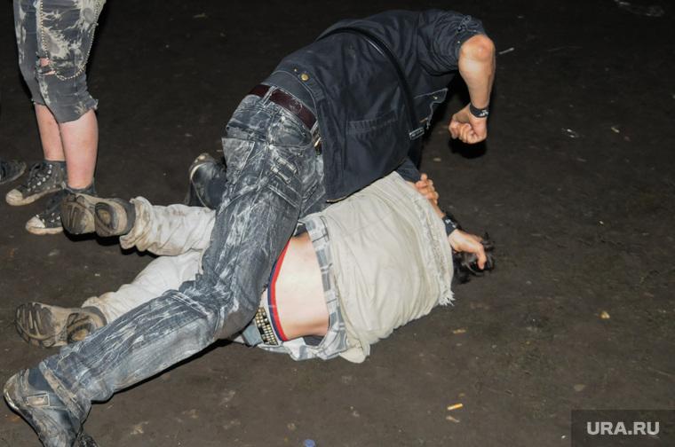 В ночном клубе вспыхнула массовая драка