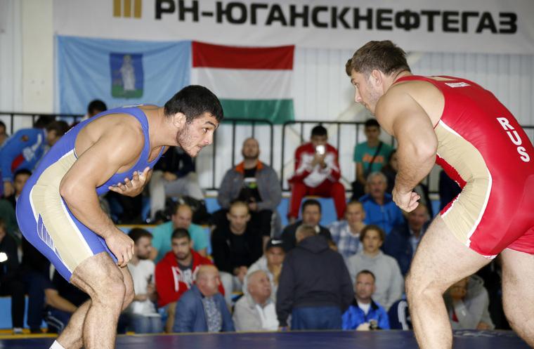"""В Нефтеюганске усилят меры безопасности из-за масштабных """"разборок"""" борцов"""