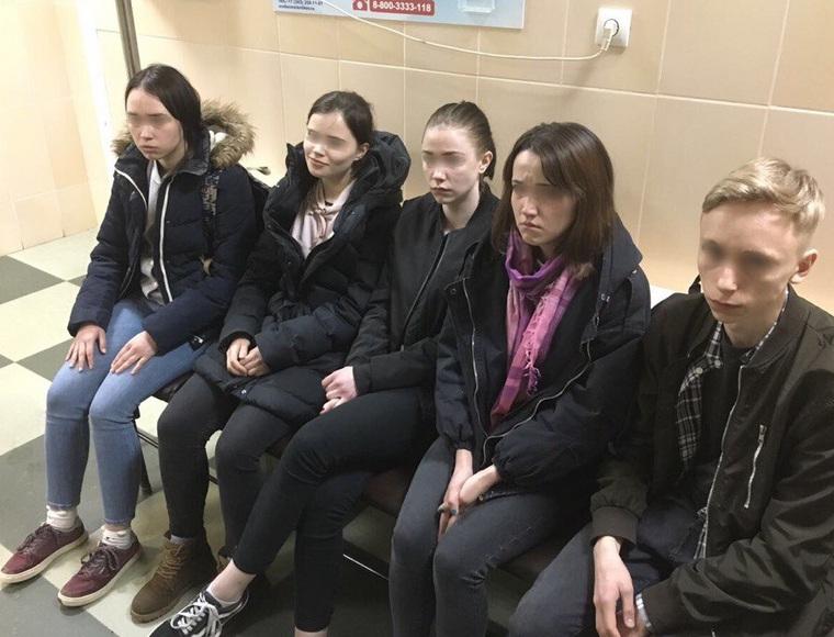 В Екатеринбурге задержали юных наркодилеров Fbfd2366f28b6cf15937c824249ffddf_250x0_882.673.34.47