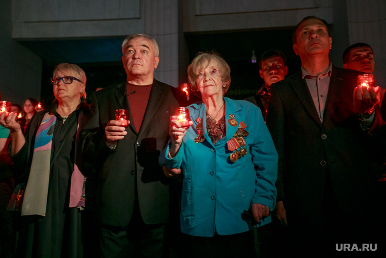 """Акция """"Помни"""" в день скорби и печали 22 июня в Парке Победы. Москва, ветеран войны, память, мемориал, свеча скорби"""