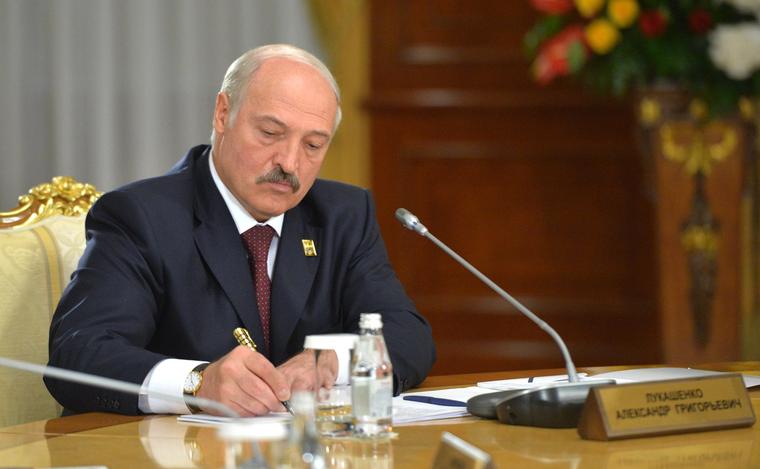 Белоруссия готова включиться в конфликт в Донбассе