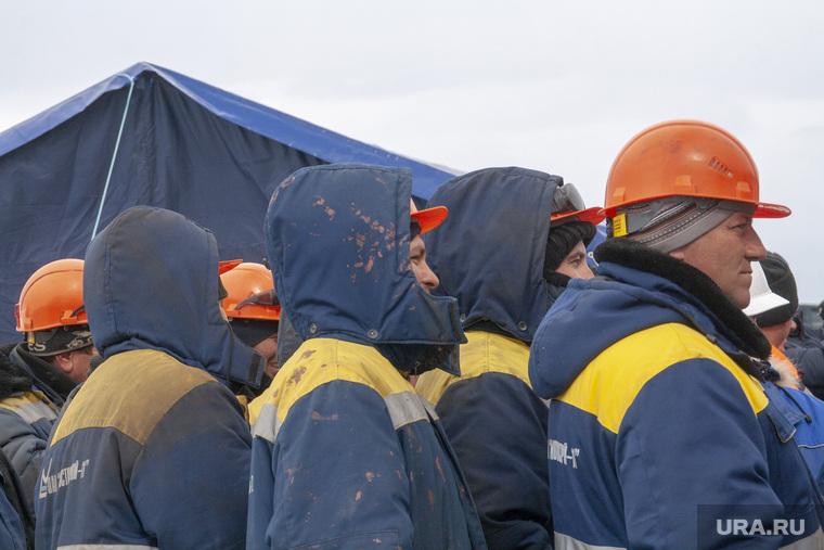 На Урале с поезда сняли 11 пьяных вахтовиков