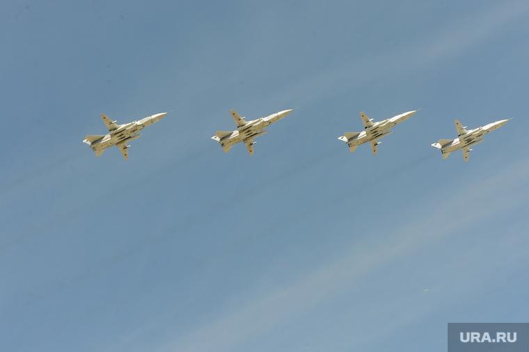 Погибшие при столкновении пилоты Су-34 запутались в парашютах