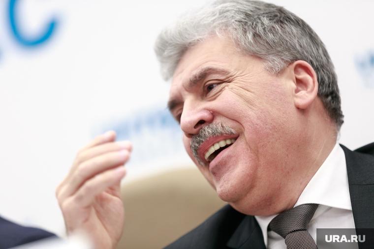 Свердловские выборы в Госдуму обрели интригу: против биатлониста Шипулина ждут олигарха Грудинина. Коммунисты ликуют