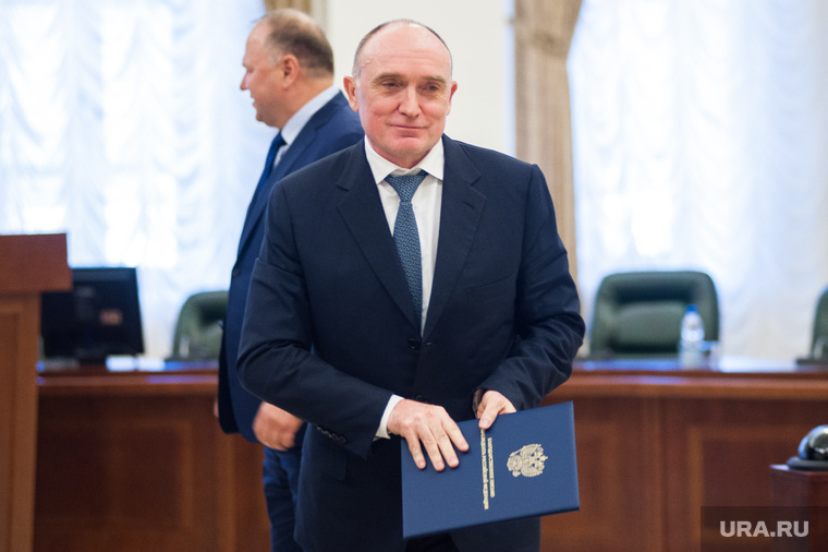 В соцсетях появился клип, посвященный уходу Дубровского с поста губернатора Челябинской области. ВИДЕО