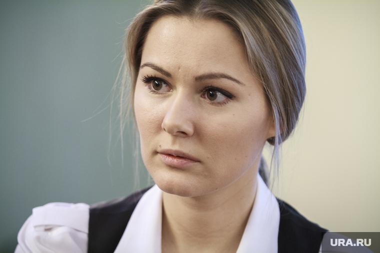 Ксения Собчак и Мария Кожевникова поругались из-за эротического фото