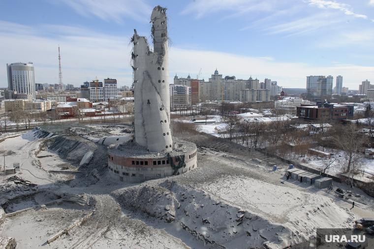 Жители Екатеринбурга написали петицию Путину с требованием запретить строительство ледовой арены на месте телебашни
