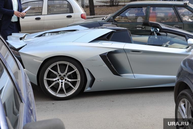 Выезжал от правительства: Lamborghini Аристова попал в аварию в центре Челябинска 2