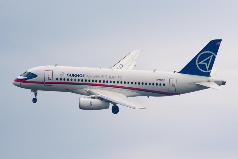 На Ямале нашли причины не отказываться от полетов на Sukhoi Superjet после трагедии в Шереметьево — URA.RU