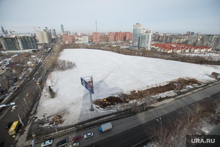 Пустырь на Фурманова-Белинского. Екатеринбург