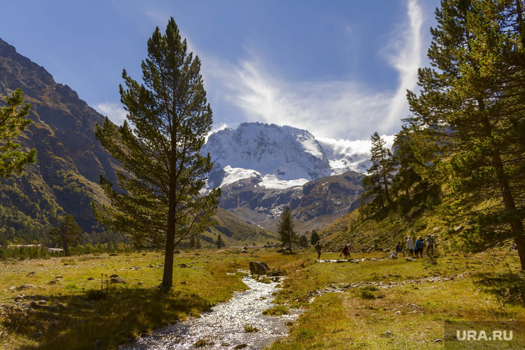 Уральская спортсменка неудачно приземлилась в горах Кабардино-Балкарии