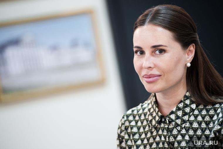 Михалкова из «Уральских пельменей» высмеяла моду на состаривание лиц. ФОТО