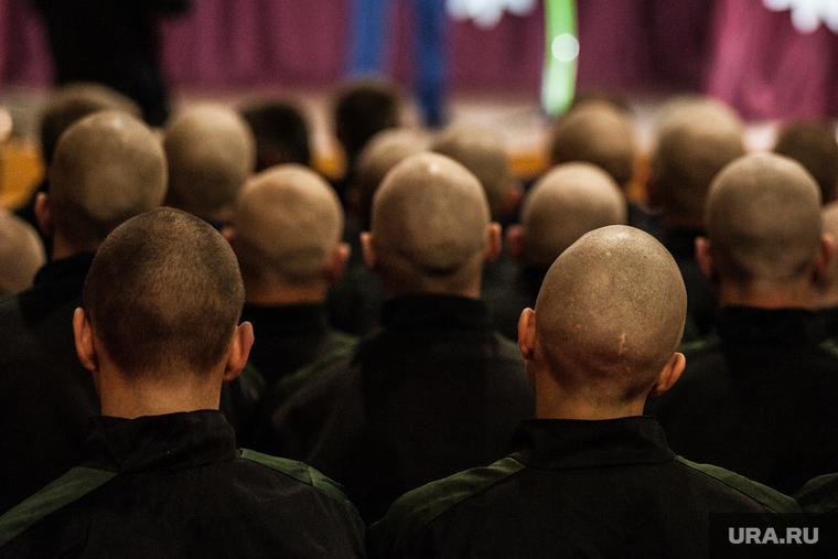 Российских заключенных предложили отправлять в горячие точки