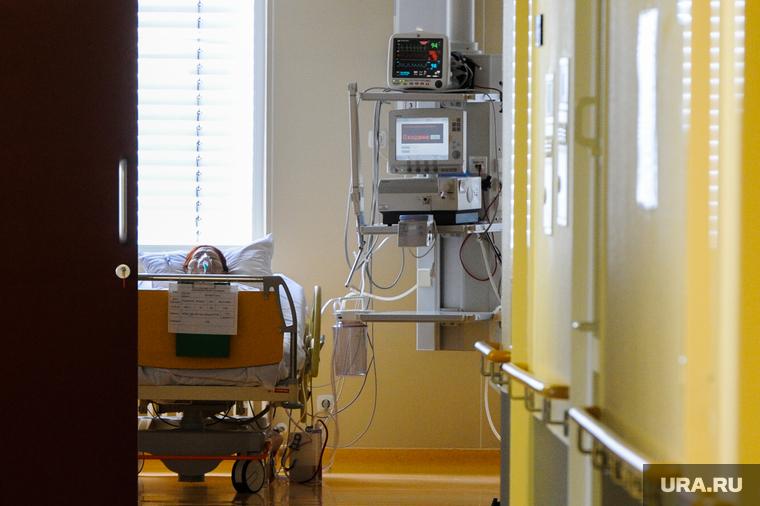 Коронавирус в ХМАО: в больницы экстренно закупают маски, одного пациента подключили к аппарату ИВЛ. Последние новости 8 апреля