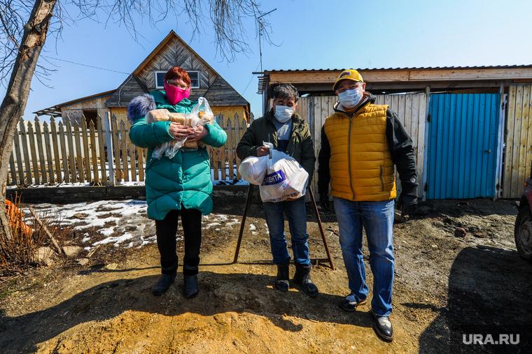 Добровольческая акция по доставке продуктов организованная Михаилом Щаповым. Челябинск