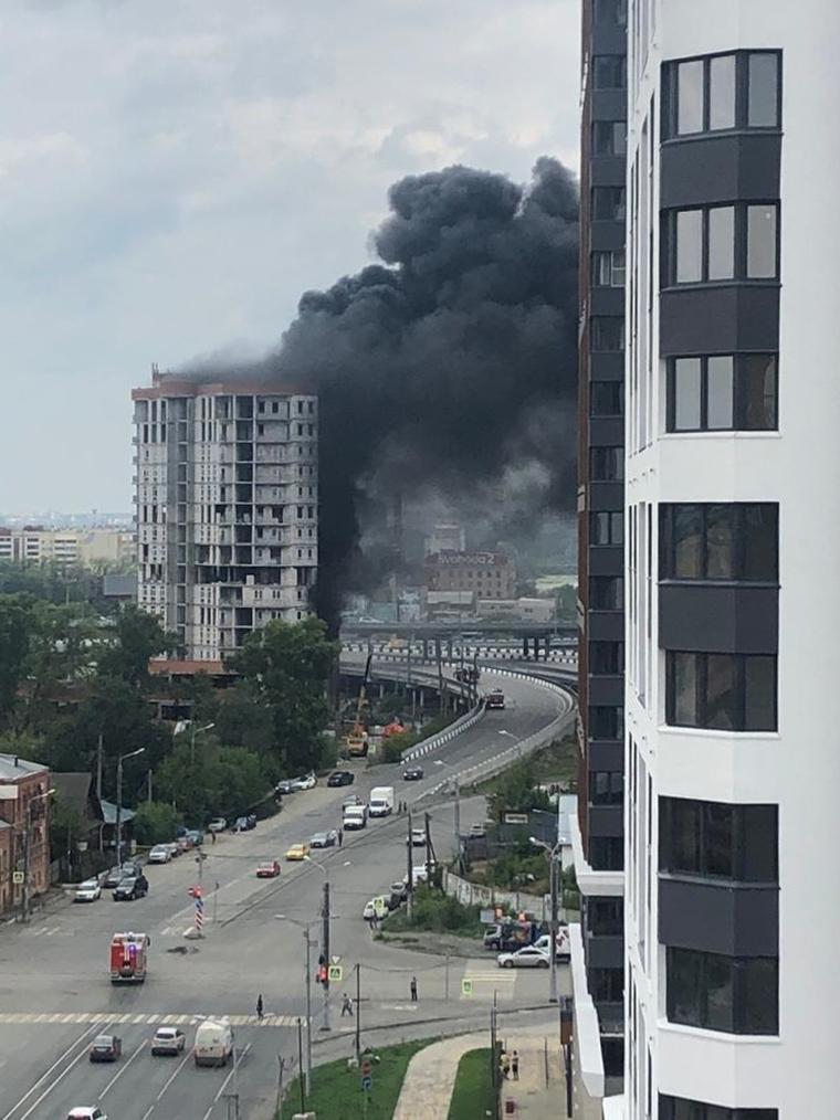 Пожар на стройке Лакницкого. Челябинск