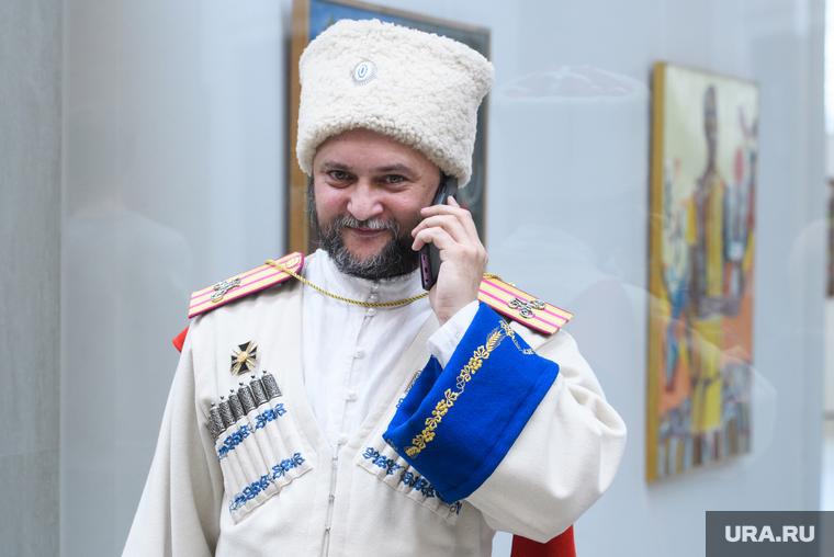 Казак-священник Олег Сененко — вновь в центре скандалаФото: Владимир Жабриков © URA.RU