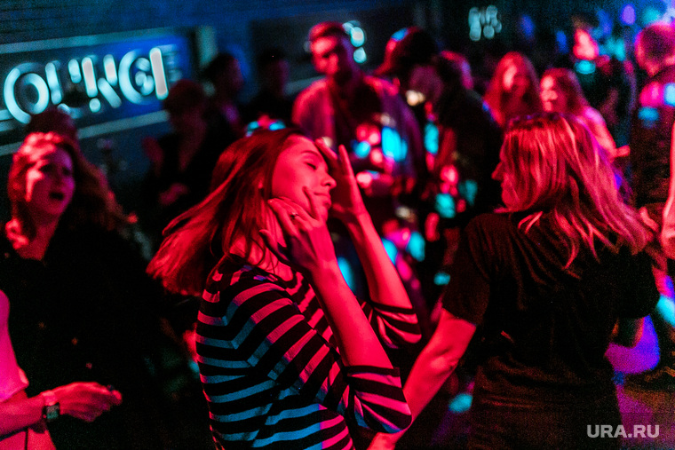 Ночные клубы рестораны работа в ночном клубе ибица