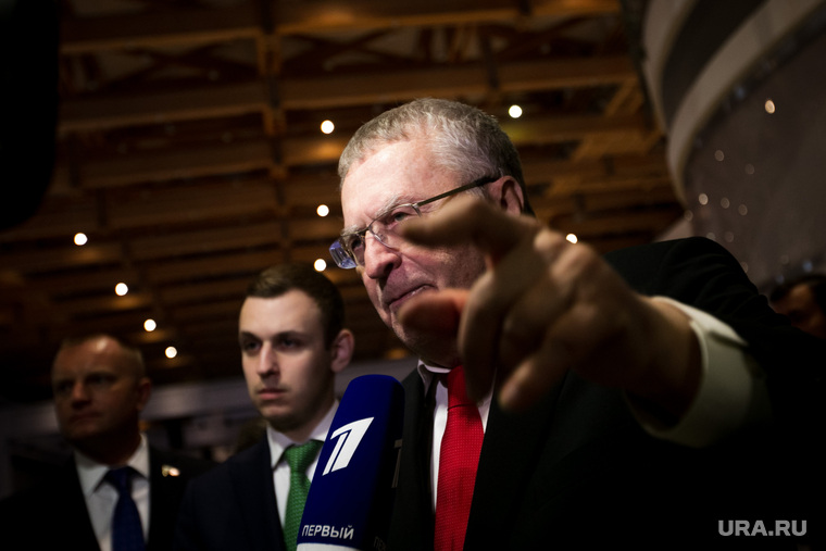 Жириновский потребовал лишить Мясникова диплома и отобрать эфир