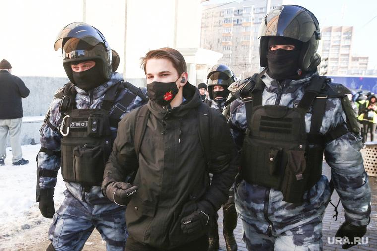 Работа силовиков возле Мосгорсуда. Необр