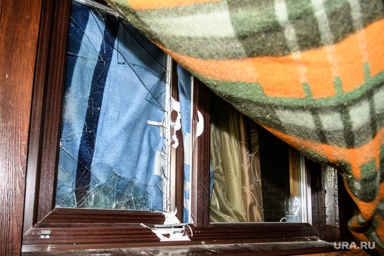 Срднеуральский монастырь после ночного штурма полицией. Среднеуральск