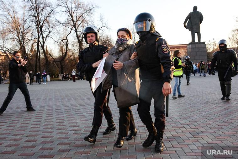 Несанкционированная акция сторонников оппозиционера Алексея Навального. Тюмень