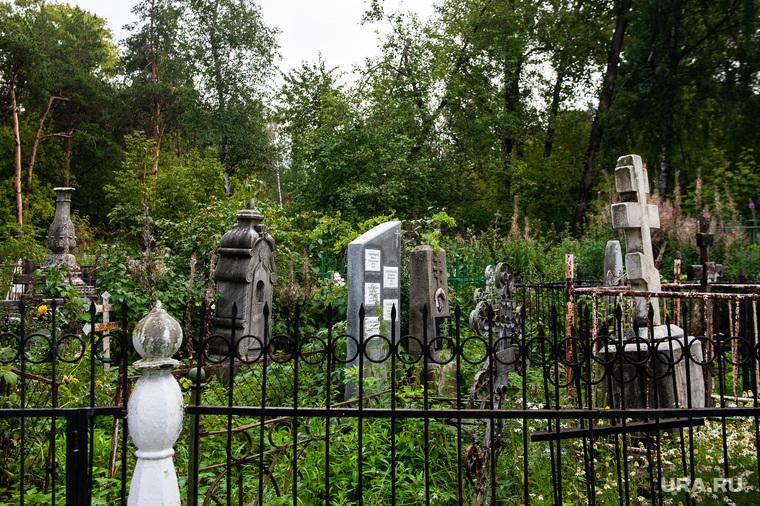 Ивановское кладбище. Екатеринбург, могилы, кресты, кладбище, ивановское кладбище, некрополь, памятник