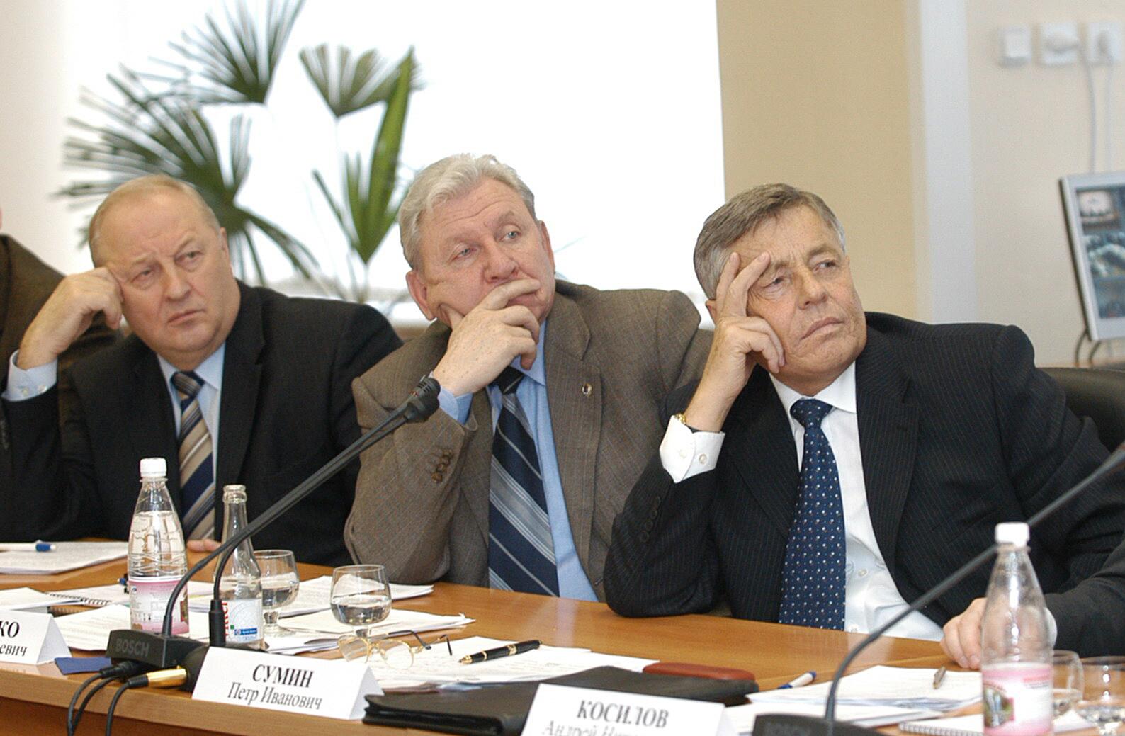 Составлен рейтинг уральских губернаторов. Лидеры ТОП не меняются