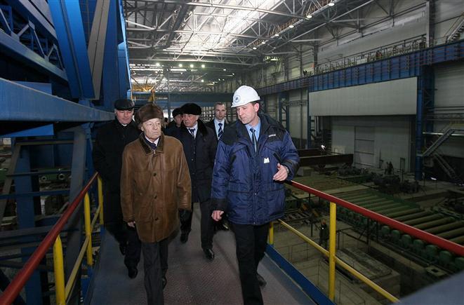 Сумин съездил в Магнитогорск. Губернатор оценил самый крупный региональный проект, сходил на стройку и в тренажерный зал (ФОТО)