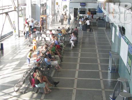 Рейс Пермь – Хургада задержали на 12 часов. Причина – неисправность лайнера. «Дети рыдали, пассажиры рвали и метали»