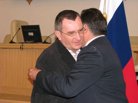 Медведев и Путин попросили Богомолова сделать за них одно дело. Губернатор: «Я делаю это с искренним удовольствием»
