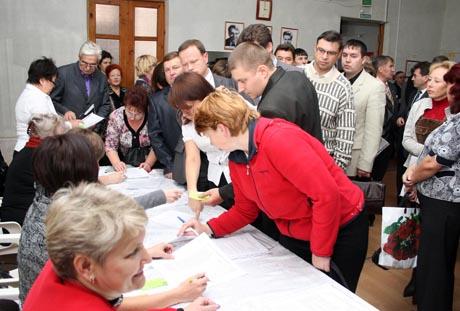Шадринске прошла конференция единороссов. Лидер ячейки: «Нам предстоит серьезная борьба»