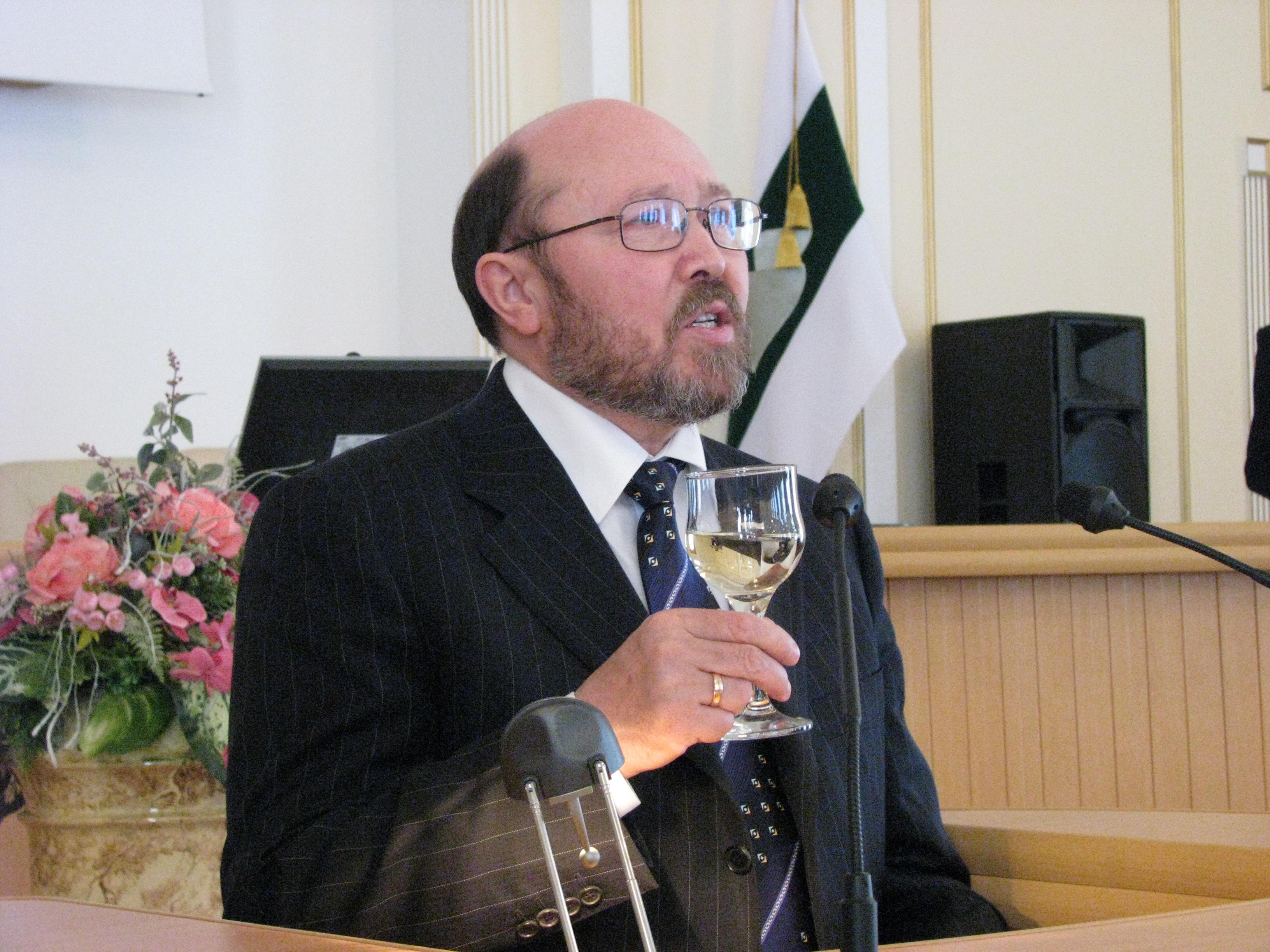 Спикер думы Зауралья осуществил свою мечту: VIP официально стал доктором наук