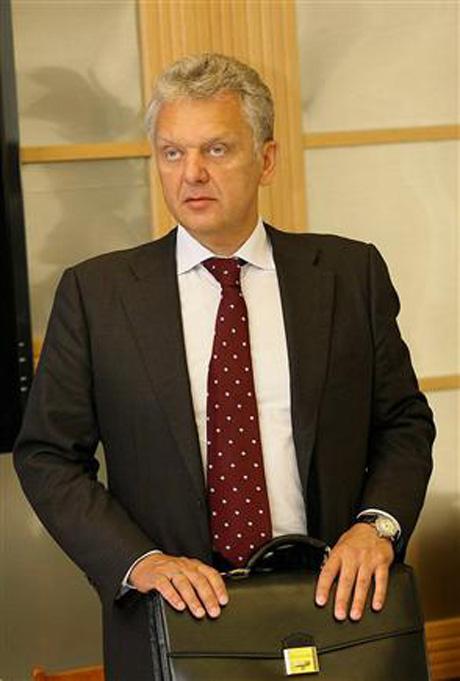 Христенко приехал на Урал. Он привез с собой комиссара ЕС. Главный предмет экскурсии – «Магнитка»