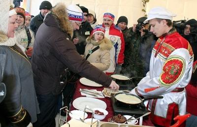 Мишарин провел спортивный уикенд. Душевность и непринужденность губернатора вдохновили его пресс-службу на очень необычный отчет о поездке шефа