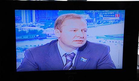 Вторая серия теледебатов в Екатеринбурге: «Единая Россия» сменила спикера, а оппозиционеры договорились между собой. Но видят шоу - единицы