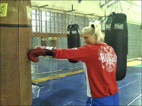 Наталья Рогозина рассказала, как она готовится к бою в Екатеринбурге