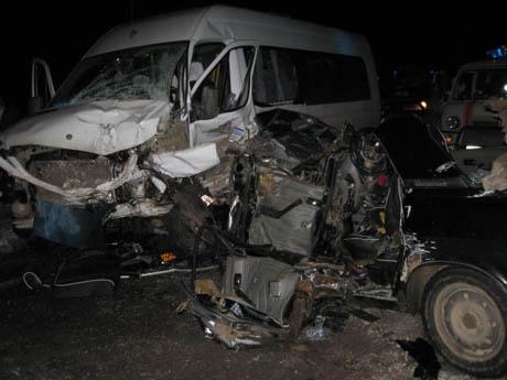 Новое ЧП с пассажирским автобусом в Прикамье: восемь пострадавших
